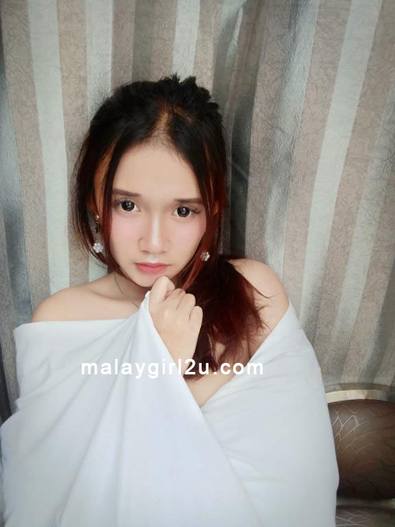 Aisyah Malay Girl 2U escort