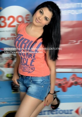 KL Escort Vanshika Indian Model